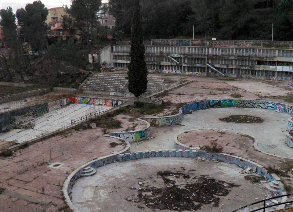 piscines castellnou